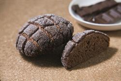 チョコチョコメロンパン 210円